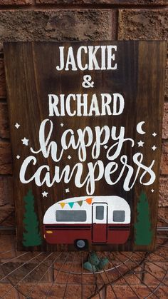 HAPPY CAMPERS SIGN – Kimber Creations Cottage Names, Cottage Signs, Rustic Wood Signs, Wooden Signs, Camper Signs, Family Name Signs, Rustic Cottage, Outdoor Signs, Diy Signs