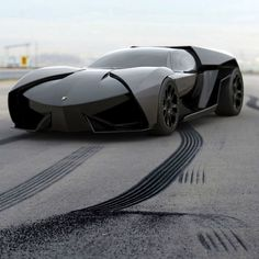 Yet another misfit ugly creation from Lamborghini. Get rid of that design team please! This is very disturbing for my love of Lamborghini. :-(