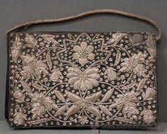 Bolso terciopelo bordado con hilo de plata años 40