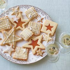 32 Best Holiday Cookies | From gingerbread cookies with royal icing to chocolate-mint thumbprints, here are festive holiday cookies.