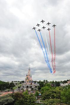 Patrouille de France flying over Disneyland Paris for the Journées Soif de Vivre event  #disneylandparis #disney
