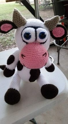 Crocheted Cow made by Gail Marie - crochet pattern by Lovely Baby Gift http://www.ravelry.com/patterns/library/cow-amigurumi-3