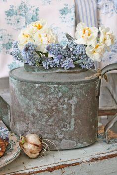 VIBEKE DESIGN: Blå små gleder som er verdt å vente på....