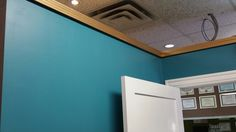 Piercing room 1 , gold on blue trim looks great