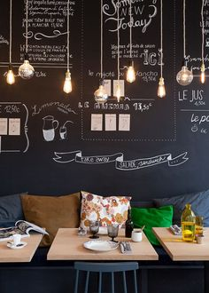 Do you dream of opening your own restaurant? What should you do to successfully open a unique restaurant? Opening a restaurant is like starting any new Decoration Restaurant, Deco Restaurant, Restaurant Ideas, Small Restaurant Design, Starting A Restaurant, Black Restaurant, Hotel Decor, Design Hotel, Café Bar