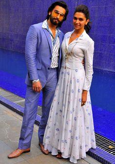 Ranveer Singh and Deepika Padukone Deepika Padukone the dusky princess ruled bollywood in theBest dressed Bollywood Actress in 2013 Bollywood Couples, Bollywood Celebrities, Bollywood Fashion, Bollywood Actress, Indian Designer Outfits, Designer Dresses, Indian Dresses, Indian Outfits, Anarkali
