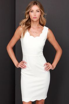 Wearing it only once would be a shame, so make sure you have plenty of parties to show off the Another Kiss Good Night Ivory Dress! Starting with a scalloped scoop neckline, the darted bodice of this woven dress is paired with a V-back and sleeveless cut. Cocktail Dresses With Sleeves, V Neck Cocktail Dress, White Cocktail Dress, Gala Dresses, Ivory Dresses, Vintage Dresses, White Scalloped Dress, White Dress, Scallop Dress