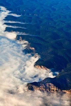 Blue Mountains, Australia by Ludwig