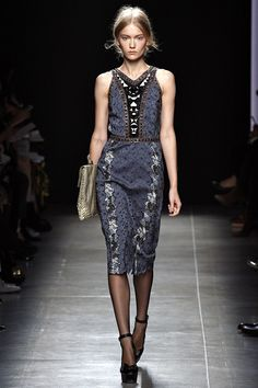 Bottega Veneta Spring 2013 RTW - Review - Fashion Week - Runway, Fashion Shows and Collections - Vogue - Vogue