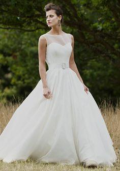 Gwendoline-wedding-dress