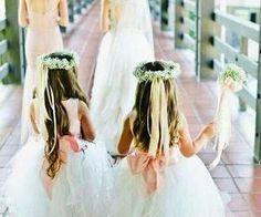 #flowergirls #pretty #weddingday