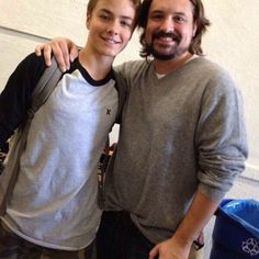 Peyton Meyer (Lucas Friar) pictured with Will Friedle. THE FEELSSS