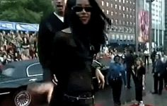 Orignal Aaliyah and Trey Songz Fanfic. Rip Aaliyah, Aaliyah Style, Celebrity Crush, Celebrity Photos, Aaliyah Singer, Aaliyah Haughton, My Black Is Beautiful, Girl Inspiration