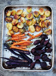 amazing roast veg | Jamie Oliver | Food | Jamie Oliver (UK)    This is the perfect side to your roast chicken. I never make gravy. And I usually put all the vegies and the chicken together and cook them together for the full 90 min. But this is a way to make your vegies extra yummy.