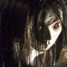 24 Insanely Scary Horror Movies That'll Keep You Awake Forever