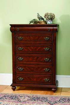 Isabella Traditional Oak Drawer Chest