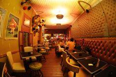 Bar/Restaurante Drosophyla. Ambiente agradável com área externa e decoração incrível! http://www.drosophyla.com.br/new/
