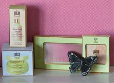 [On lit] Beauté, make-up et soins pixi - Dame skarlette Petra, Pixi Skintreats, Pixie, Glow, Make Up, Gift Wrapping, Gifts, Gift Wrapping Paper, Presents