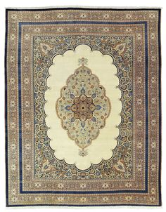 TABRIZ CARPET | NORTH WEST PERSIA, LATE 19TH CENTURY 15ft.3in. x 12ft. (465cm. x 365cm.) | Christie's