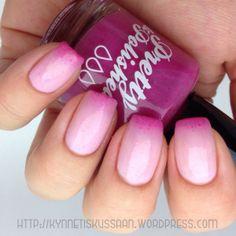 Pink thermal nail polish