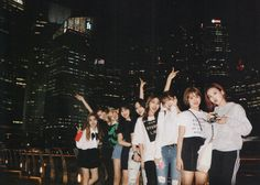 twice in sg✨✨✨ Nayeon, Kpop Girl Groups, Korean Girl Groups, Kpop Girls, Twice Group, Jihyo Twice, Chaeyoung Twice, Group Photos, Kpop Aesthetic