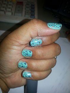 #Hintofmintjn #silverfloraljn www.shaunc.jamberrynails.net