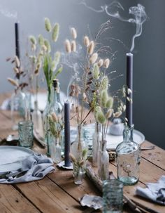 The (very) great return of the dried flowers! - Decoration : The (very) great return of the dried flowers! Flower Arrangements Simple, Wedding Arrangements, Table Arrangements, Wedding Centerpieces, Wedding Table, Wedding Decorations, Table Decorations, Rustic Wedding, Types Of Houseplants