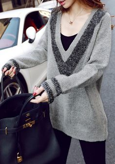 Some days are just meant for loose sweaters. This sweater is perfect for those times. Wear it with jeans, or if you're looking to turn it up a notch, pair it with leather pants.