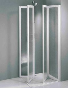 openspace eine dusche zum wegklappen badezimmer kleine badezimmer und b der. Black Bedroom Furniture Sets. Home Design Ideas