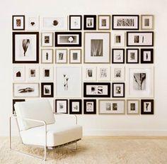 idee pareti piene di quadri