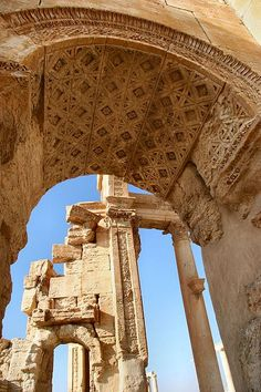 An oasis in the Syrian desert, north-east of Damascus, Palmyra contains the monumental ruins of a great city that was one of the most important cultural centres of the ancient world. From the 1st to the 2nd century, the art and architecture of Palmyra, standing at the crossroads of several civilizations, married Graeco-Roman techniques with local traditions and Persian influences.