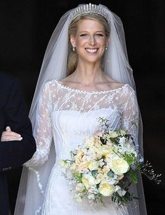 What has most caught our attention at the wedding of Lady Gabriella Windsor - Today Pin Famous Wedding Dresses, Royal Wedding Gowns, Western Wedding Dresses, Royal Weddings, Wedding Bridesmaid Dresses, Bridal Gowns, Windsor, Lime Crime, Royal Photography