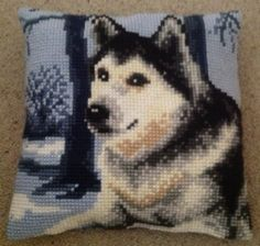 Chunky cross stitched cushion! Husky/Dog. Made with tapestry wool/yarns on canvas. Finished 18/5/2013