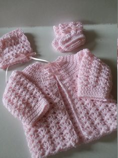 Crochet Collectables Made With Love ! by HandCrochetByRobin Pull Crochet, Gilet Crochet, Crochet Baby Cardigan, Baby Girl Crochet, Crochet Baby Clothes, Sweater Set, Pink Sweater, Baby Boy Knitting Patterns Free, Baby Patterns