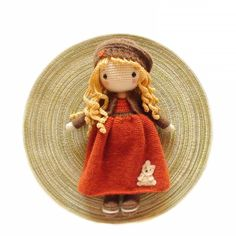 📷 Source: Wishes for a lovely evening from Michelle and me. Pattern Michelle by me. Cute Crochet, Crochet Dolls, Bear Girl, Doll Maker, Crochet Videos, Cute Dolls, Amigurumi Doll, Crochet Animals, Crochet Patterns