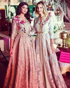 «القفطان عنصر أساسي في العرس المغربي و دائما صديقتي المبدعة المتجددة تدهش العالم بتصميماتها الراقية و العصرية . شكرًا سلمى بنعمر على حرصك الدائم على ان…»