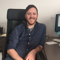 Chris Poynton: English Degree Helped Tech Professional Explore The Chicago Market Creative Writing Degree, Business Professional, Us Man, Teaching English, Interview, Chicago, Technology, Explore, Marketing