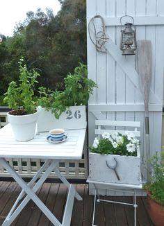 White patio corner