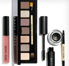 Bobbi Brown makeup - Macy's exclusive with part of the price to Dress for Success Makeup Blog, Makeup Inspo, Beauty Makeup, Makeup Ideas, Lipstick Brush, Eyeliner Brush, Eye Makeup Brushes, Makeup Brush Set, Hair Brush
