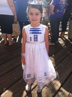 Woulf make a cute flower girl dress for star wars wedding