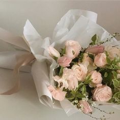Beautiful Bouquet Of Flowers, My Flower, Beautiful Flowers, Flower Aesthetic, Pink Aesthetic, Luxury Flowers, Planting Flowers, Floral Arrangements, Floral Wreath