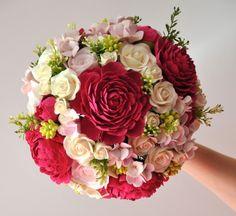 Wedding bouquet fuchsia peony pink hydrangea