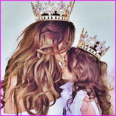 mom and baby Every queen needs her crown and every princess needs her tiara! Every queen needs her crown and every princess needs her tiara! {✨Find out about the monthly giveaway tomorrow, trust me, you'll want it✨} 👑�� Mother Daughter Pictures, Mother Daughter Photos, Mother Daughter Photography, Mother Daughter Fashion, Mom Daughter, Mother Art, Mother And Child, Mommy And Me Photo Shoot, Girly M