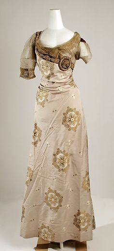 Evening dress Designer: Jeanne Hallée  Date: 1910–14 Culture: French Medium: silk, metal Accession Number: 1981.328.10