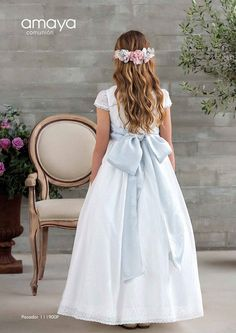 Colección Pompeya 2018 Amaya comunión | El Bosque Little Girl Dresses, Girls Dresses, Flower Girl Dresses, Summer Dresses, Communion Hairstyles, Confirmation Dresses, Beauty First, Bridesmaid Hair, Bridesmaids