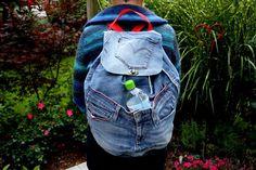 Rucksack Recycling blau rot Jeans Außentaschen von MarionGreRecycling auf DaWanda.com