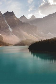 Moraine Lake in Banff National Park in Alberta, Canada  | Photo via Wonderous World blog Follow Style and Create at Instagram | Pinterest | Facebook | Bloglovin