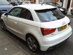 Rear end Audi A1, nice.