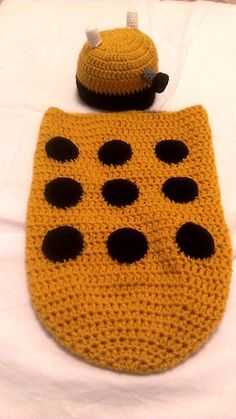 dr who dalek cocoon and hat