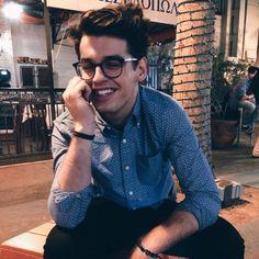 This guy is a really good Simon Lewis Beautiful Boys, Pretty Boys, Gorgeous Men, Beautiful People, Le Rosey, Blake Steven, Simon Lewis, Le Male, Hot Boys